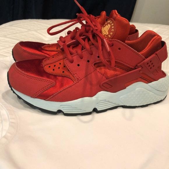 Nike Shoes | Womens Huaraches Size 8